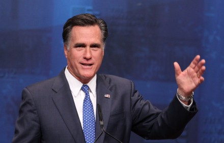 Mitt_Romney_at_2012_CPAC