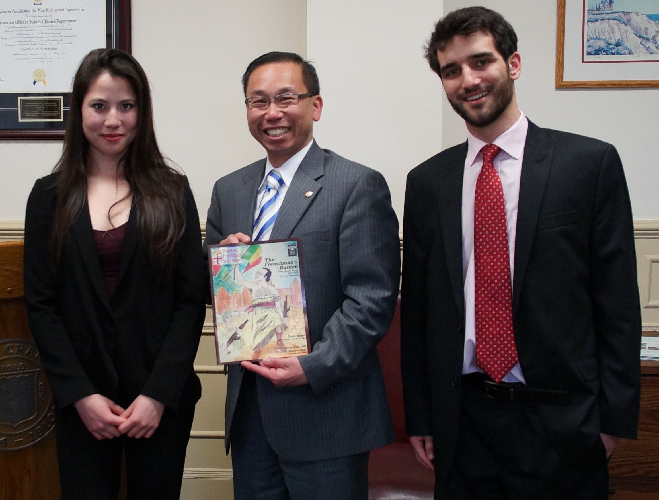 Mayor Fung poses with Interview Director Emily Gelber and co-Editor-in-Chief Alexi Diplas.