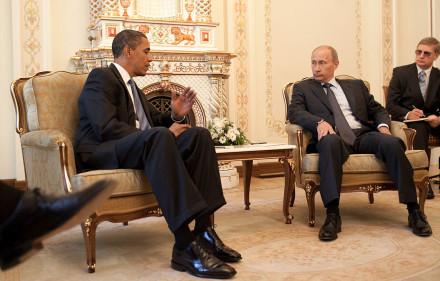 1280px-Barack_Obama_&_Vladimir_Putin_at_Putin's_dacha_2009-07-07