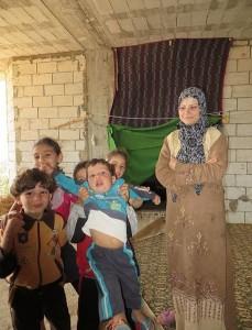 458px-Lebanon-Syria_border_sep13VOA_05