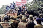 800px-Jats_arrested_during_protest[1]